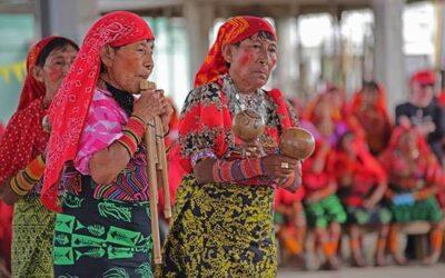 Danzando con las mujeres el canto de la libertad